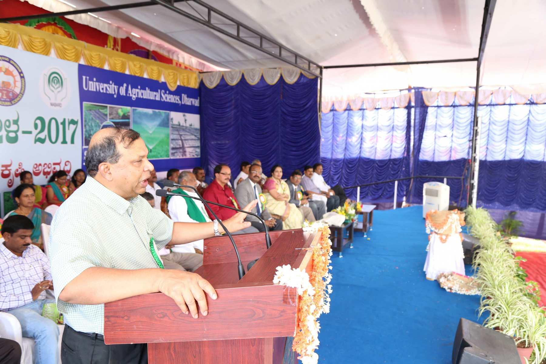 Dr. KV Raman addressing at the Krishi Mela